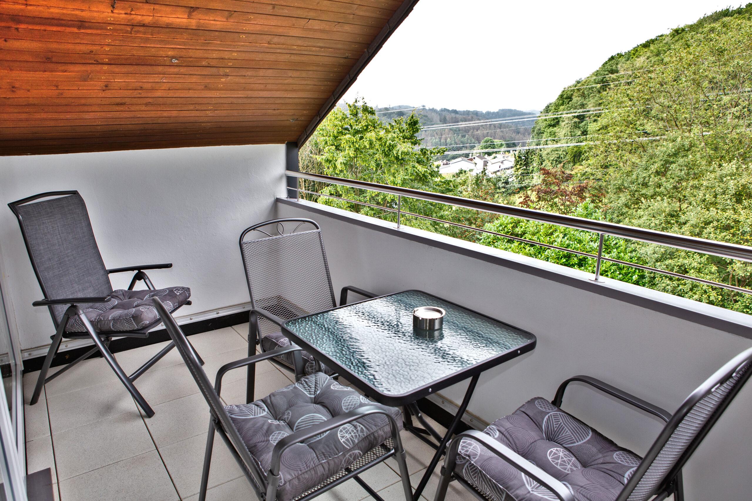 Ein Balkon für die lauen Sommerabende.